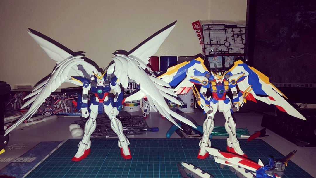 1/100 MG Wing Gundam & 1/100 MG Wing Zero Gundam